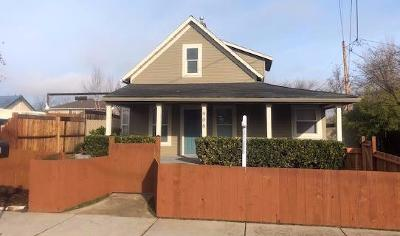 Medford OR Single Family Home For Sale: $225,000