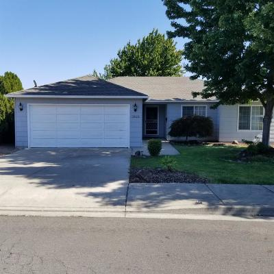 Medford Single Family Home For Sale: 3822 Arrowhead Drive