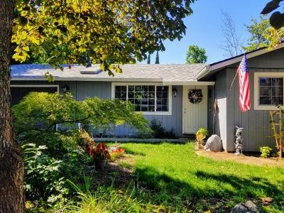 Grants Pass OR Single Family Home For Sale: $219,900