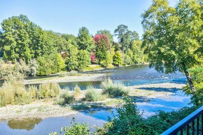 Grants Pass Single Family Home For Sale: 910 Mystic Drive