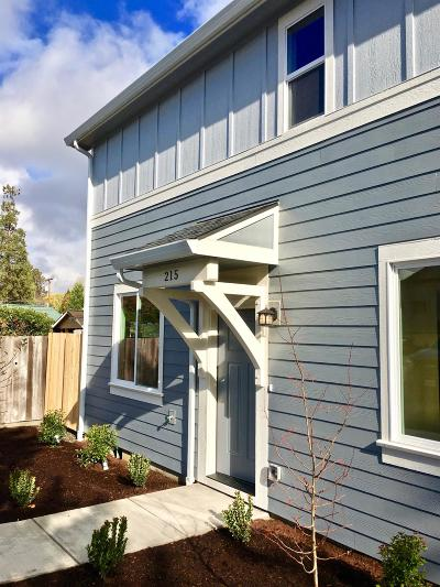 Phoenix Condo/Townhouse For Sale: 434 Oak Street