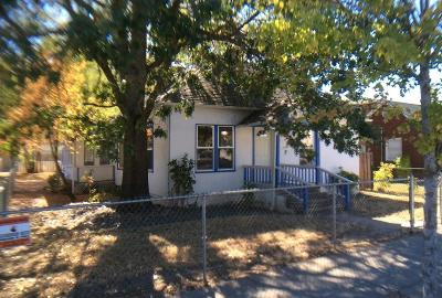 Jackson County, Josephine County Single Family Home For Sale: 544 Second Avenue