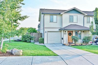 Eagle Point Single Family Home For Sale: 963 Win Way