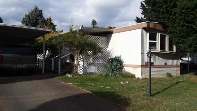 Cave Junction Mobile Home For Sale: 222 Ollis Road #29