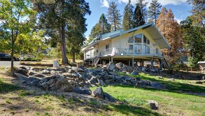 gold hill Single Family Home For Sale: 1532 Lampman Road