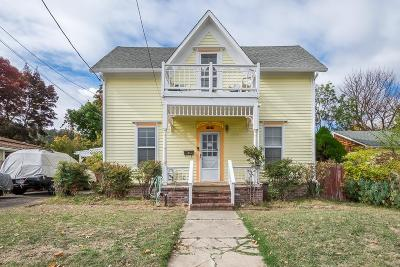 Ashland Single Family Home For Sale: 173 Helman Street