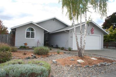 Grants Pass Single Family Home For Sale: 1205 Marcus Way