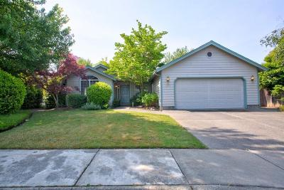 Grants Pass Single Family Home For Sale: 1875 Topaz Lane