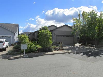 talent Single Family Home For Sale: 1530 Winters Way