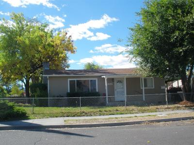 Central Point Single Family Home For Sale: 405 N Ninth Street