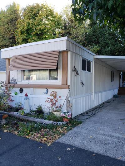 Grants Pass OR Mobile Home For Sale: $46,000