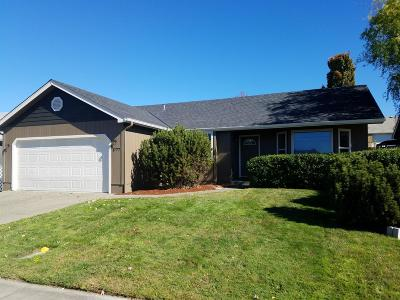 Grants Pass OR Single Family Home For Sale: $234,900