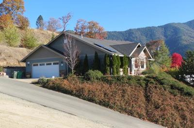 Grants Pass Single Family Home For Sale: 2399 Robertson Crest