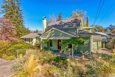 Ashland Single Family Home For Sale: 200 Gresham Street