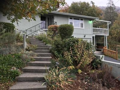 Grants Pass Single Family Home For Sale: 1701 NE Beverly Drive