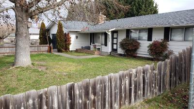 Grants Pass Single Family Home For Sale: 1689 Medart Lane