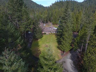 Merlin, Sunny Valley, Wimer, Rogue River, Wilderville, Grants Pass Multi Family Home For Sale: 36505 Ditch Creek