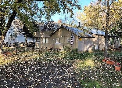 Medford Single Family Home For Sale: 2101 Barnett Road