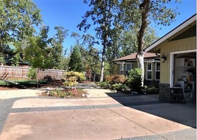 shady cove Single Family Home For Sale: 205 Rene Drive