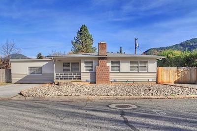 Grants Pass OR Single Family Home For Sale: $349,900