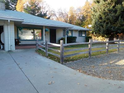 Jackson County, Josephine County Single Family Home For Sale: 150 N Junction Avenue