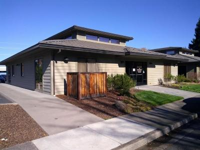 Jackson County, Josephine County Commercial Lease For Lease: 1093 Royal Court