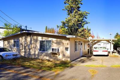 Jackson County, Josephine County Single Family Home For Sale: 312 Howard