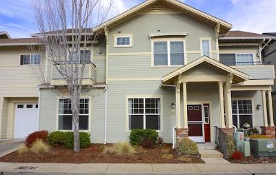 Ashland Condo/Townhouse For Sale: 597 Mariposa Court