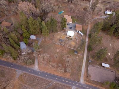 Jackson County, Josephine County Single Family Home For Sale: 2104 Pine Grove Road