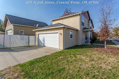 Central Point Single Family Home For Sale: 255 N 6th Street