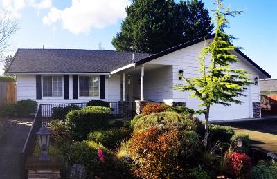 Medford Single Family Home For Sale: 2762 Rosewood Street