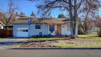 Medford OR Single Family Home For Sale: $205,000