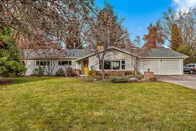 Medford Single Family Home For Sale: 2233 Siskiyou Boulevard