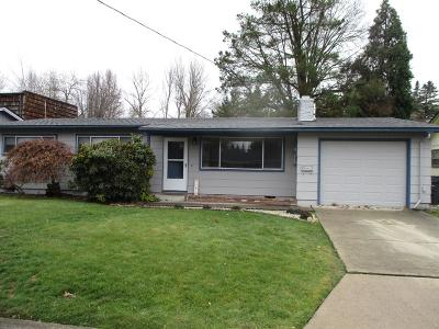 Medford Single Family Home For Sale: 1340 Siskiyou Boulevard