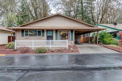 Rogue River Single Family Home For Sale: 726 Brookside Circle