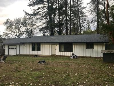 Grants Pass Single Family Home For Sale: 1484 Summit loop