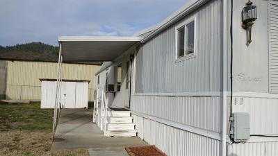 Grants Pass Mobile Home For Sale: 2325 NW Highland Avenue #17