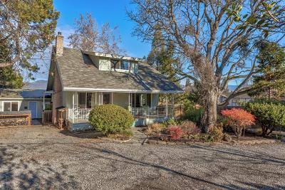 Ashland Single Family Home For Sale: 1825 Siskiyou Boulevard