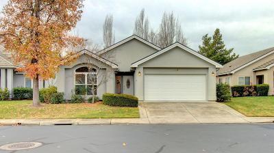 Medford Single Family Home For Sale: 740 Fernwood Drive