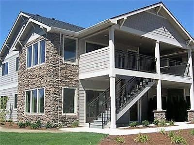 Medford Condo/Townhouse For Sale: 1280 Ashford Way #4