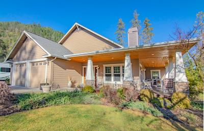 Grants Pass Single Family Home For Sale: 930 Savage Creek Road