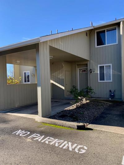 Merlin, Sunny Valley, Wimer, Rogue River, Wilderville, Grants Pass, Murphy, Wolf Creek, Hugo Condo/Townhouse For Sale: 310 Terry Lane #3B