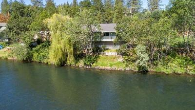 shady cove Single Family Home For Sale: 22630 Hwy 62