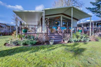 Grants Pass Mobile Home For Sale: 501 Wendover Circle Circle