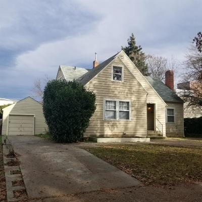 Medford Single Family Home For Sale: 641 S Holly Street