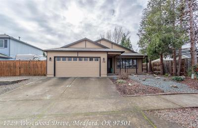Medford OR Single Family Home Active-72HR Release: $295,000