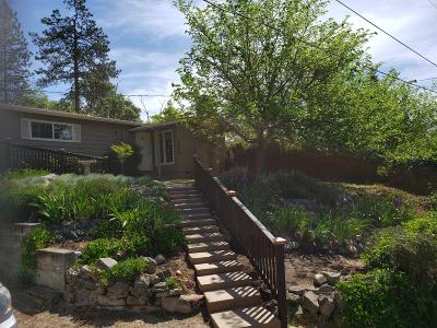 Grants Pass Single Family Home For Sale: 1116 NW Hillside Drive