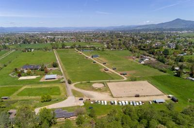 Medford Farm For Sale: 1663 S Stage Road