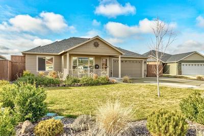 Medford Single Family Home For Sale: 3237 Pecan Court