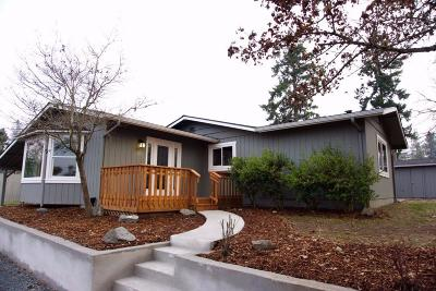 Grants Pass Single Family Home For Sale: 3795 Woodland Park Rd Road